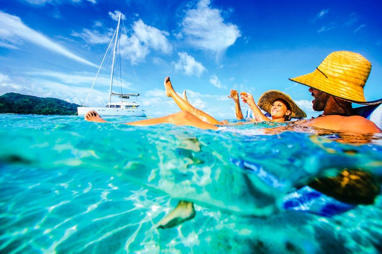 Fly to Tahiti for Less Than $1000!